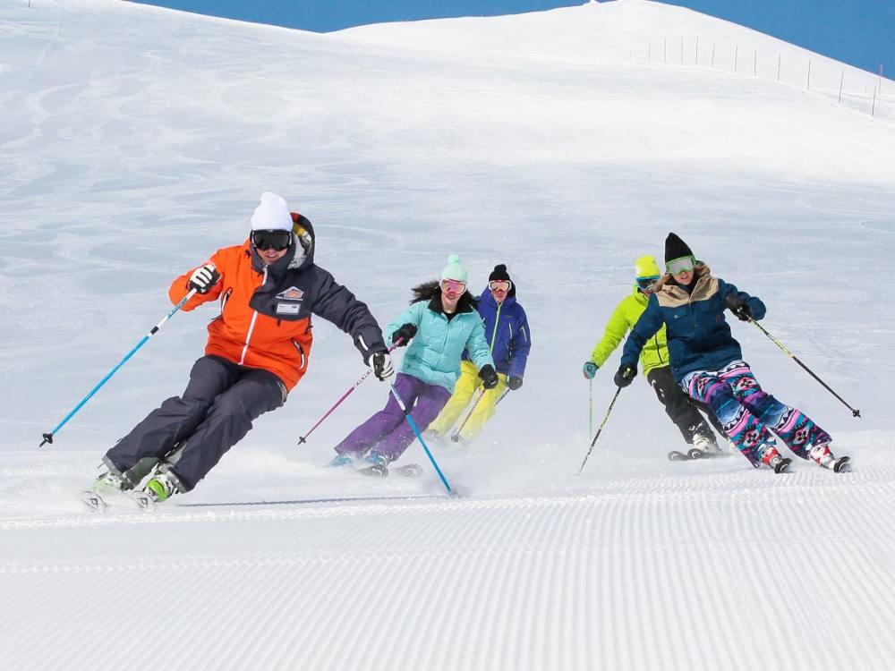 Niseko Base Snowsports